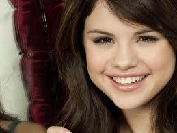 Selena gomez krabbels